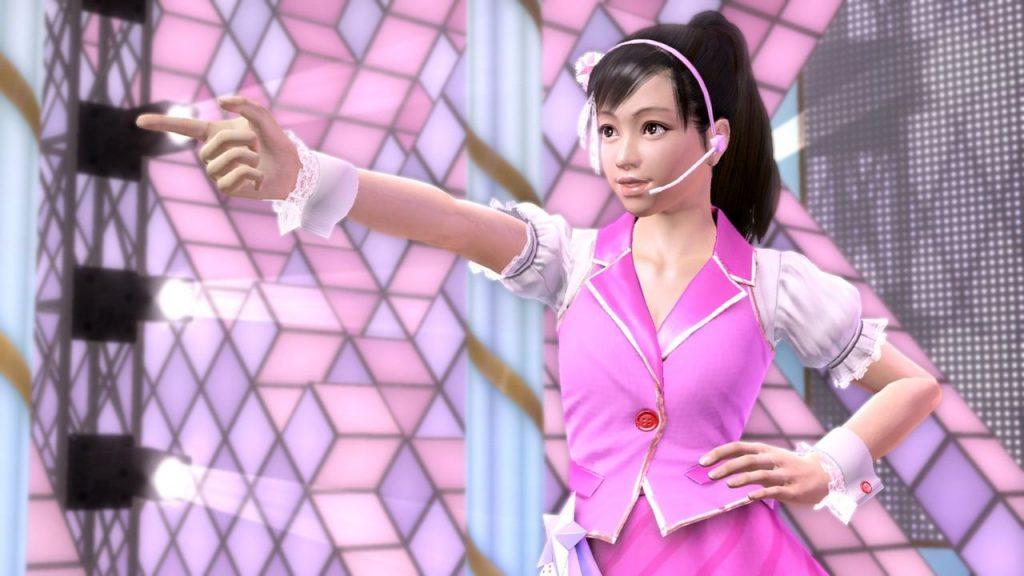 Haruka Sawamura dans Yakuza 5, suivant sa passion à devenir une idol.